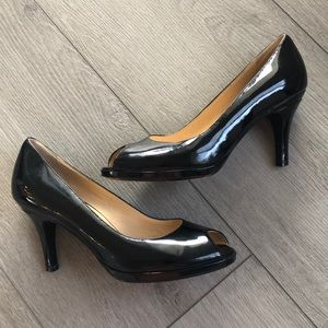 Cole Haan patent leather Carma heels size 8.5